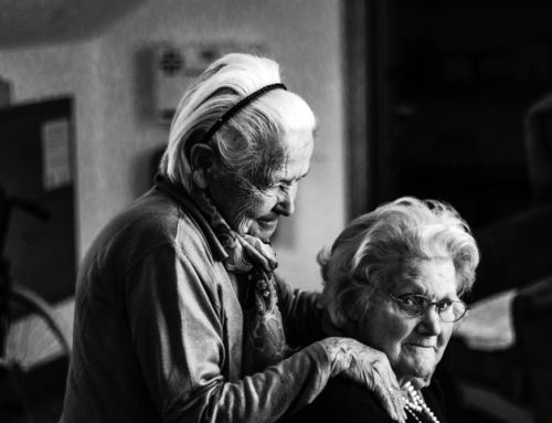 SOCIAL NETWORK CHANGES AMONG OLDER EUROPEANS: THE ROLE OF GENDER